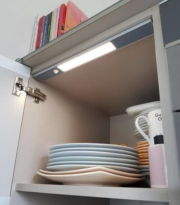 LIZ LTH ALU éclairage pour meuble avec détecteur rechargeable autonome Led 130 Lumen