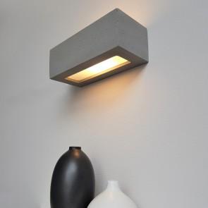 applique-beton-gris-fonce-rectangulaire-long31cm-larg13.5cm-haut10.5cm-E27-max-40w-1-lumiere-8971136-britop-5901602372296-allumé