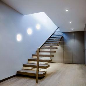 hublot-led-rond-blanc-8w-650lm-4000k-4004894851188-20300537-muller-escalier